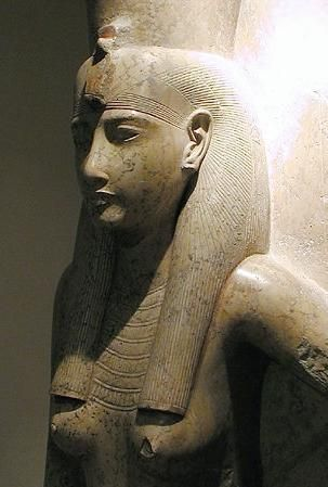 10_luxor_museum_-_mut_-_dated_19_dynasty_c_1279_to_1213_bc.jpg